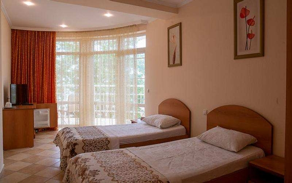 Посуточная аренда номеров повышенной комфортности – набережная в 30 м 3